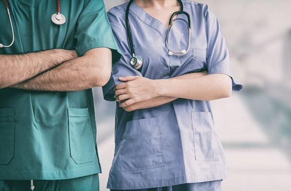 Die Ausbildungsstellen-Bewilligung muss in Ärzte-Hand bleiben